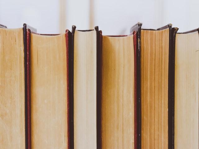 Böcker på rad